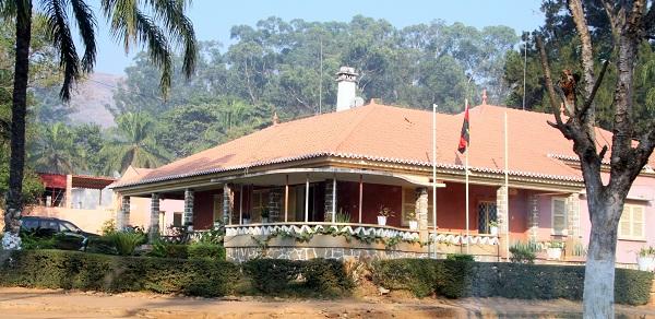 Seminario Adventista do Bongo